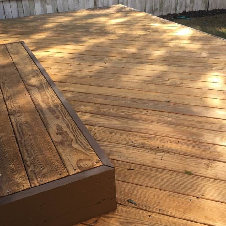 Deck, Pressure Washing, Wilmington NC, two tone, porch, stain, pressure wash, exterior, painting