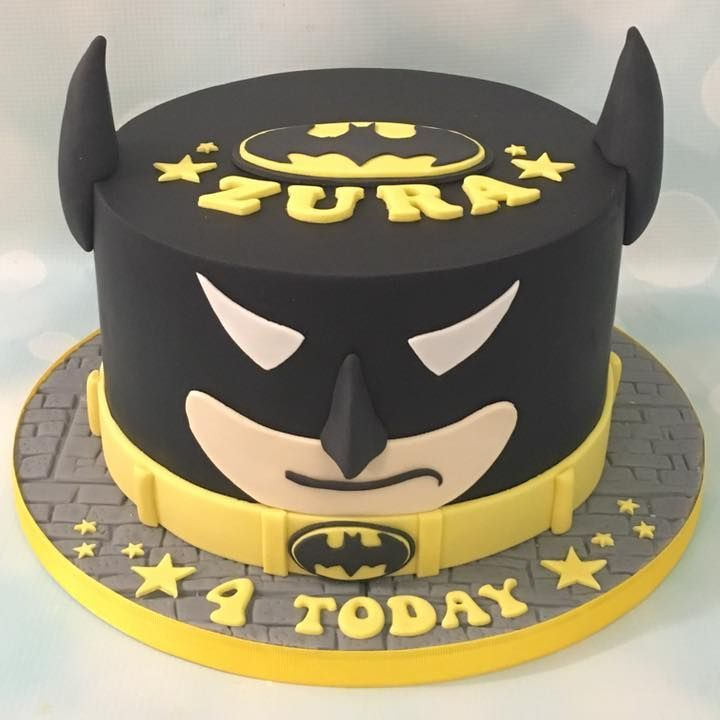 Batman Cake Birthday Signal