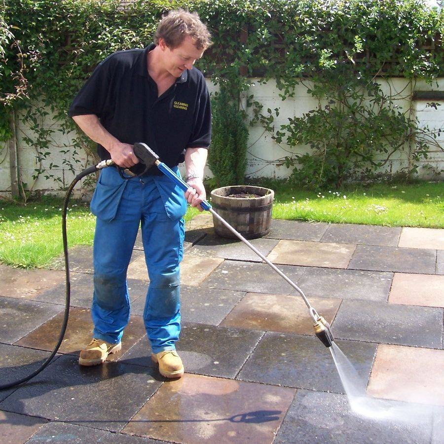 Pressure Washing Business for Sale. Business Opportunity Drive Cleaning