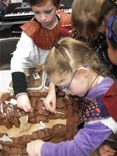 Ancient Egyptian workshop for primary school