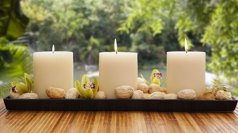 Aromatherapy candles with essential oil in Alexandria Virginia