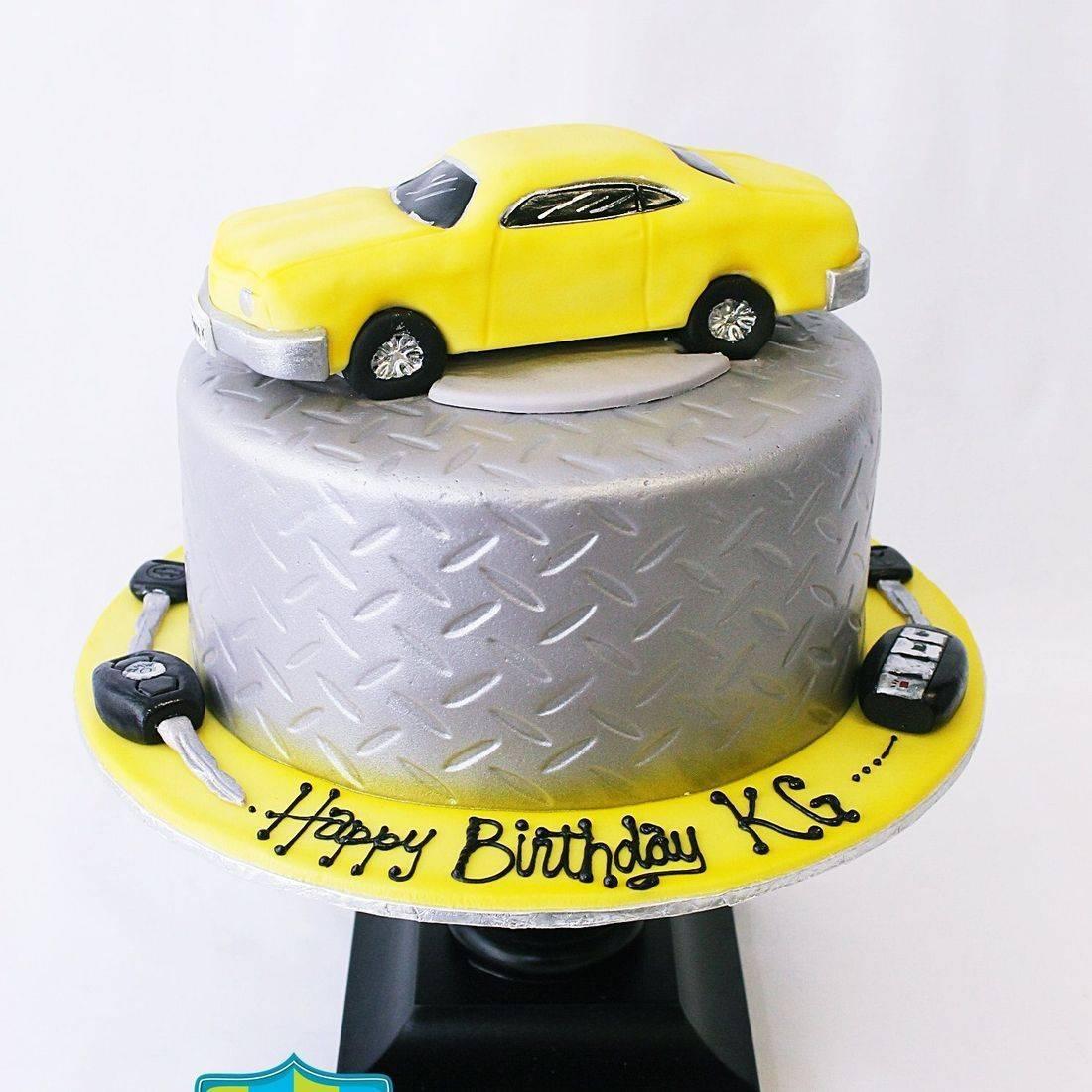 Custom  Yellow Sports car racing car old car vintage car Cake Milwaukee