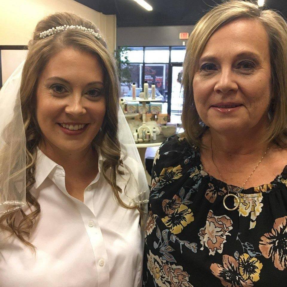 Bridal hair and makeup . Bride with Makeup and tiara