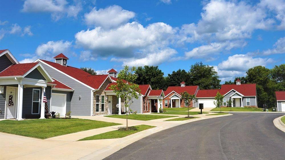 A Senior Citizen Community - Springdale, AR