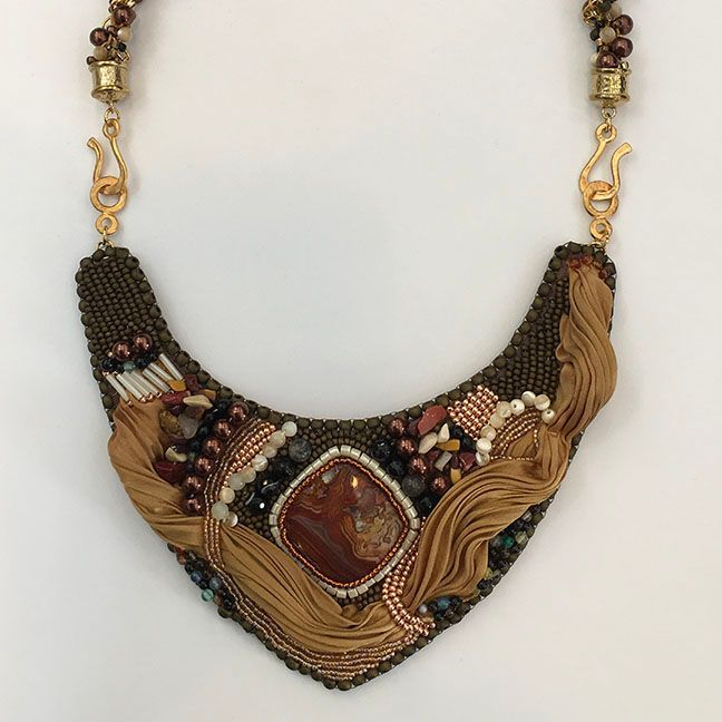 VThatcher - Agate with gold plated beads and silk and stone necklace