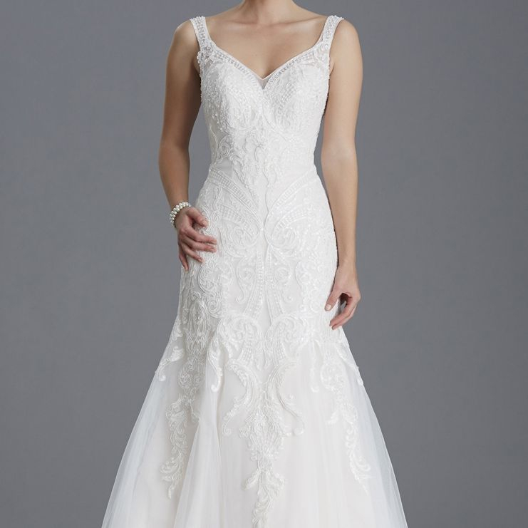 Fishtail crystal fitted wedding dress