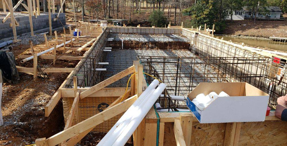 Custom Spillover Spa Shotcrete Pool