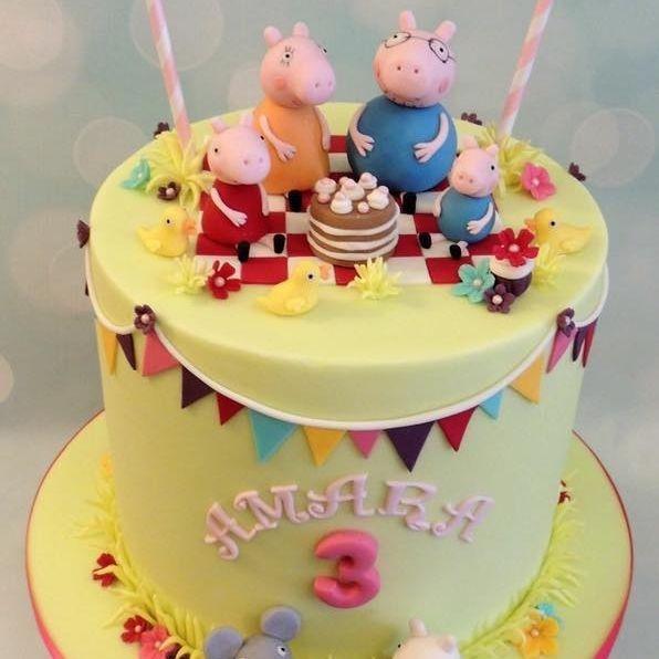 Peppa Pig Family George Mummy Daddy Birthday Cake Bunting Emily Elephant Suzie Sheep