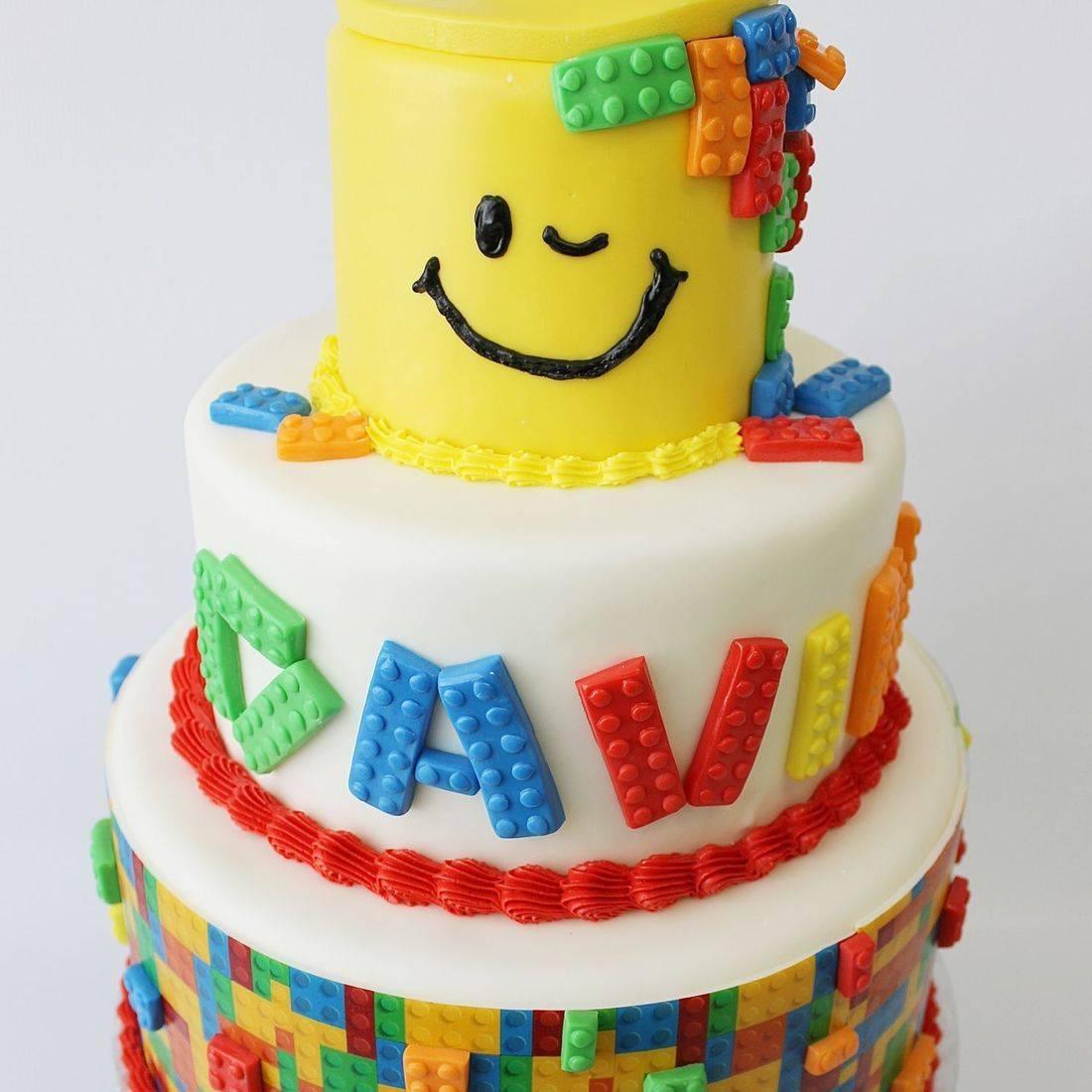Custom  Lego Cake  Milwaukee