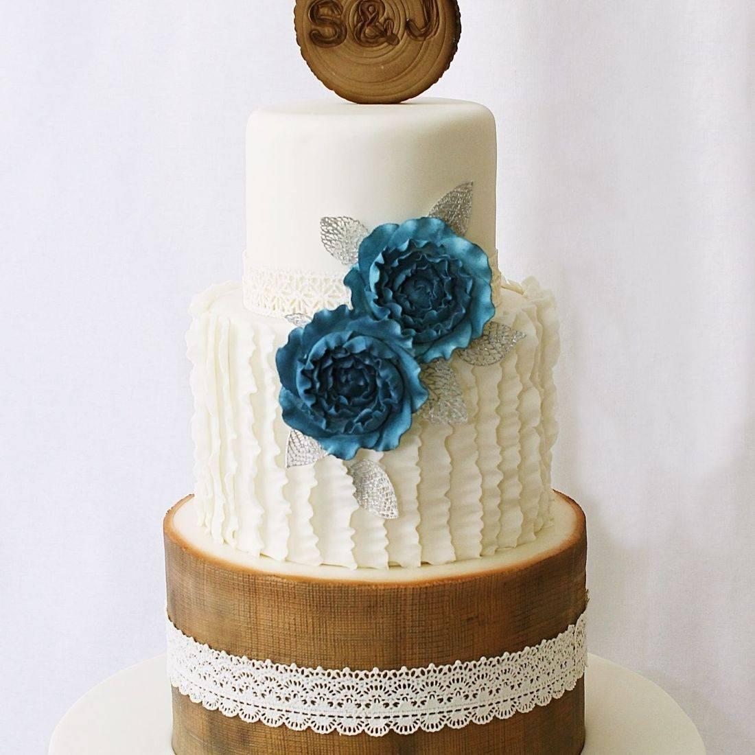 Custom Rustic Ruffles wedding  Cake Milwaukee
