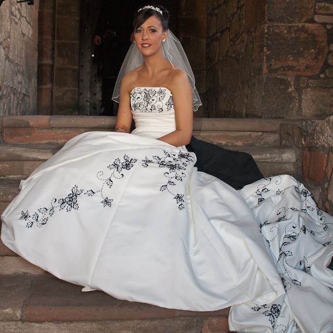 Bride at Newark Castle
