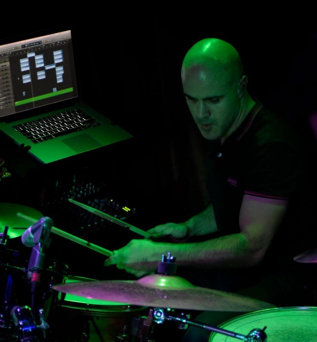 JR Drumming Tuition, Milton Keynes Drumming Tuition, Drum Lessons