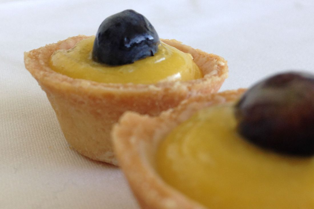 Blueberry lemon curd tartlet