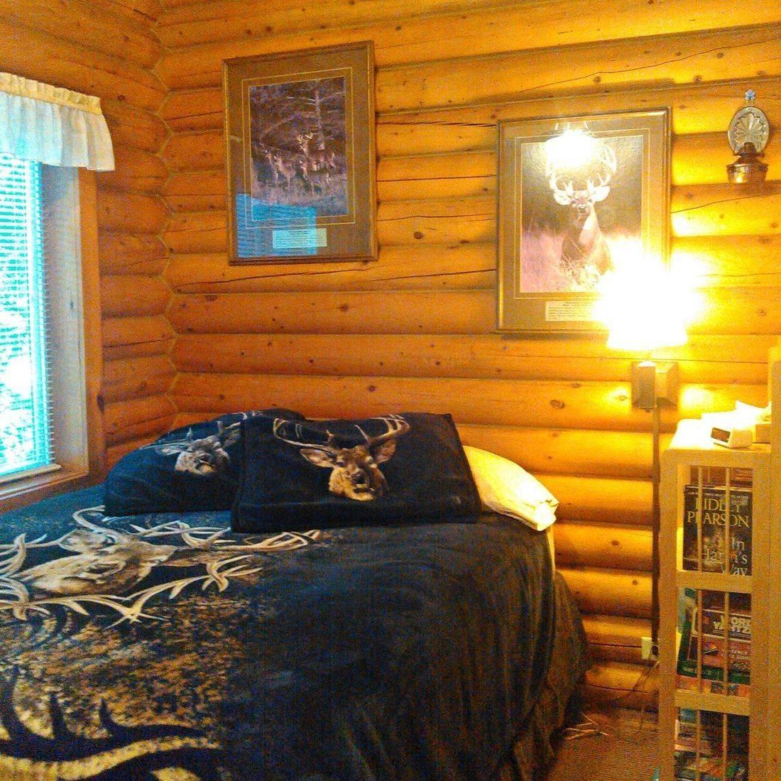 Lodging, hotels, log cabins, North Cascades, Washington