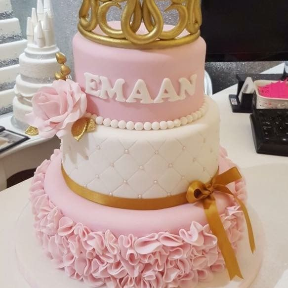 princess tiered pink crown gold cake luton dunstable bedfordshire