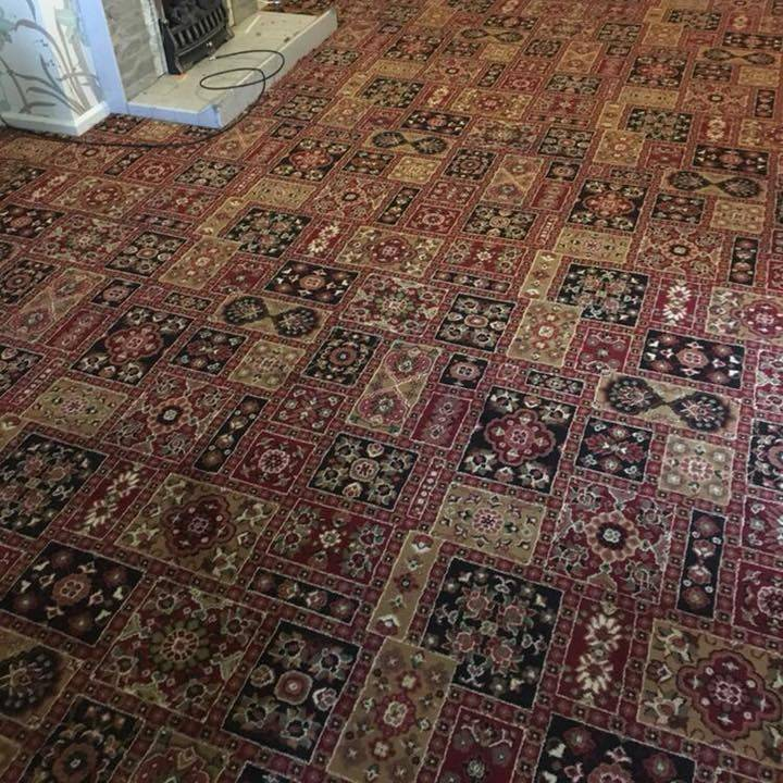 Patterned lounge carpet