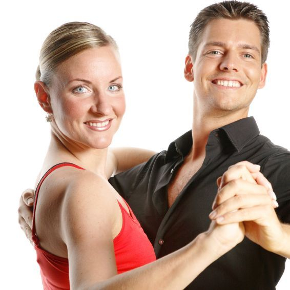 Learn to dance Ballroom, Latin or Country in Private Dance Lessons