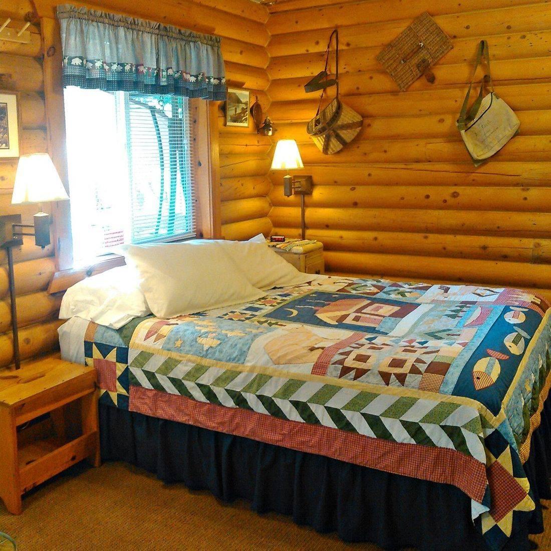 Log cabins, guesthouses, Concrete, WA, North Cascades, Washington