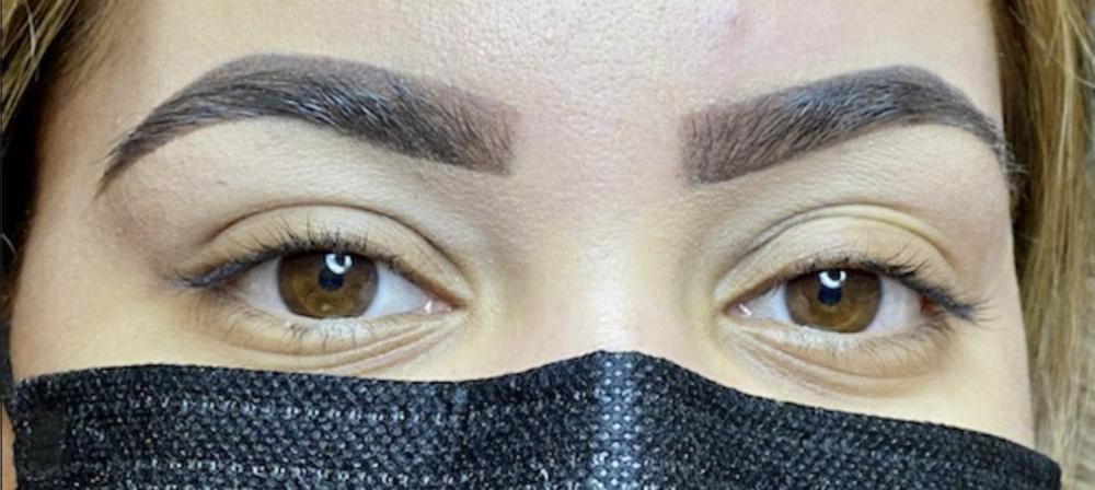 Henna Eyebrow
