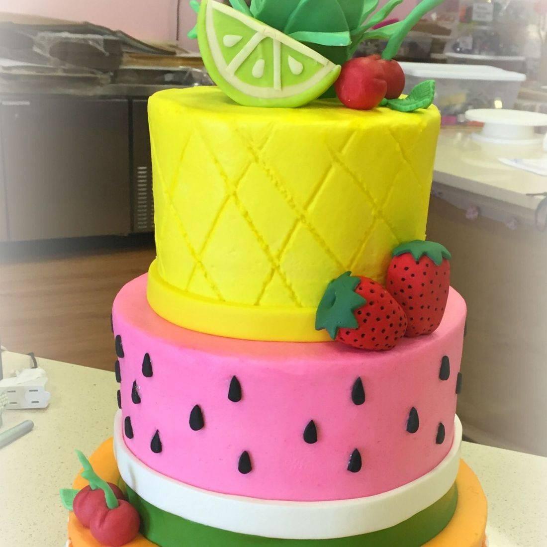 Fuity theme birthday cake fuit tutti cake