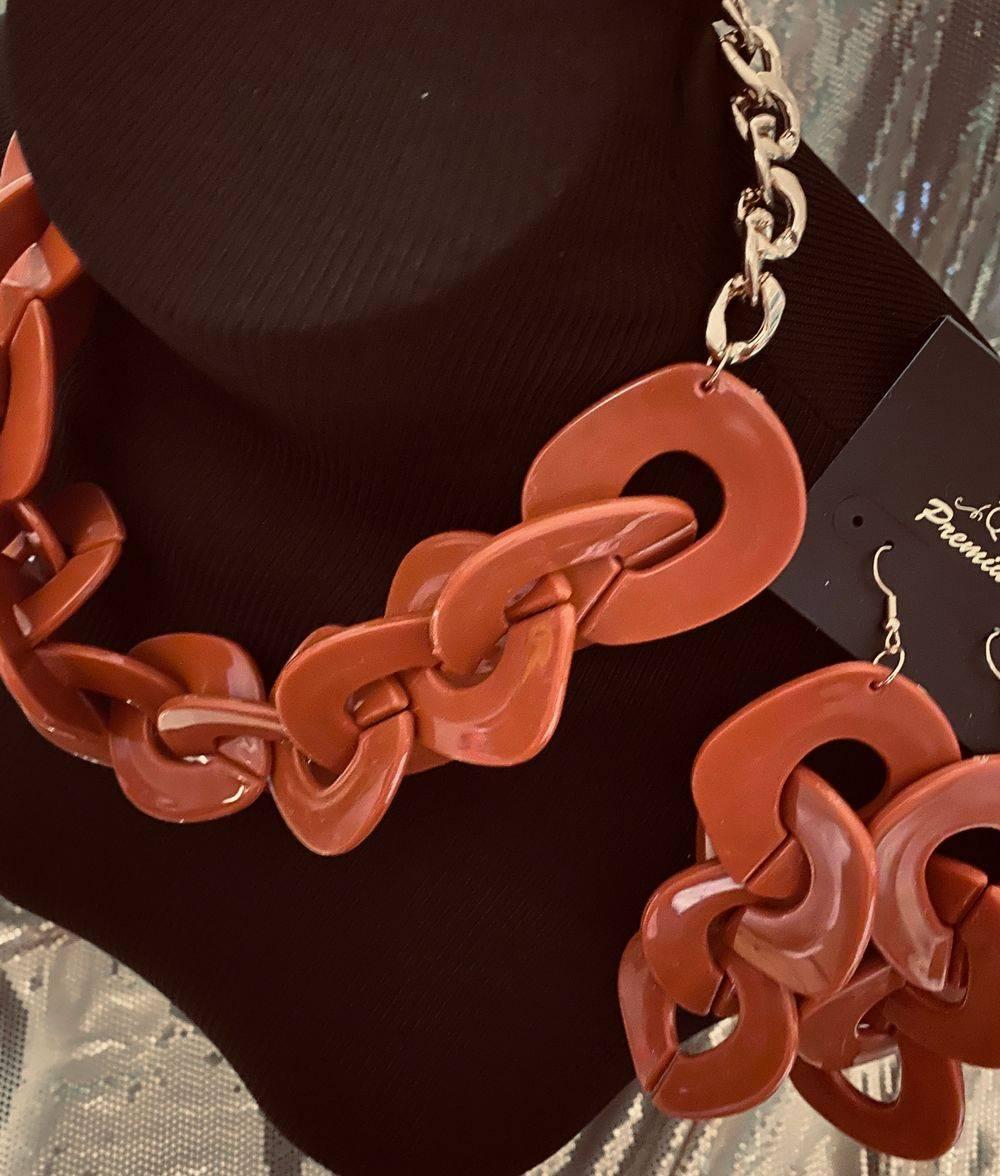 Chucky Terra Cotta necklace set
