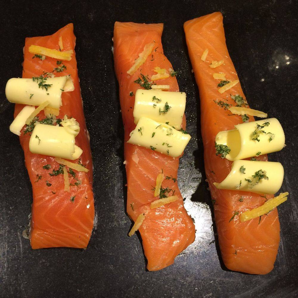 Salmon Fillets with Dill & Lemon Herb Salt seasoning