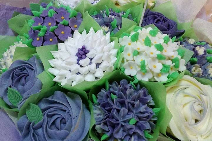 Cupcake bouquet gift present mothers day