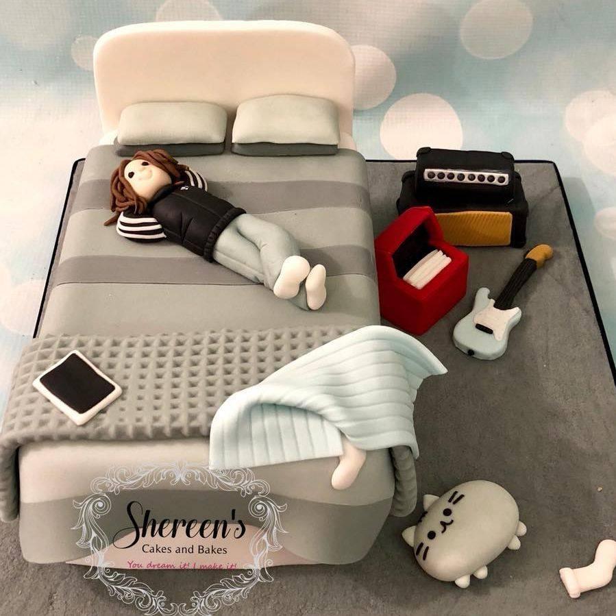 Birthday Cake Teen Boy Bedroom Bed Guitar Amp Pusheen Ipad