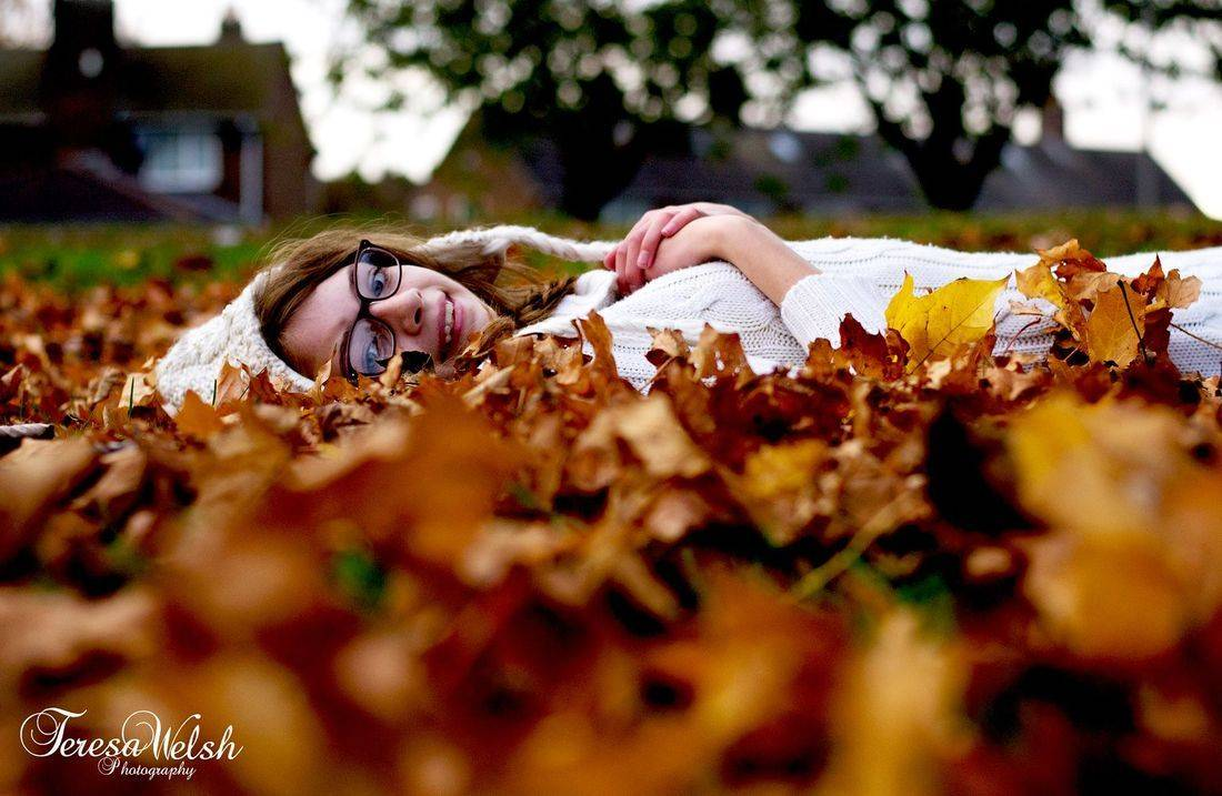 Grimsby photographer, teenage photoshoot, teen portrait, teen poses