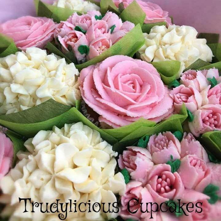 Trudylicious cupcakes bouquet cake birthday present wedding