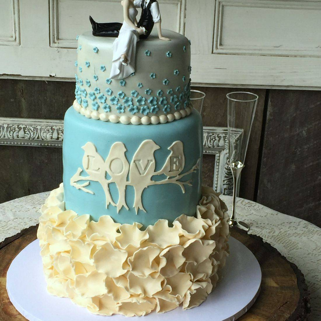 Wedding cake blue and white cream  elegant classic modern wedding cake