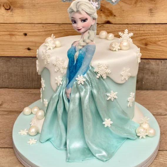 Frozen Birthday Cake Elsa princess snowflakes
