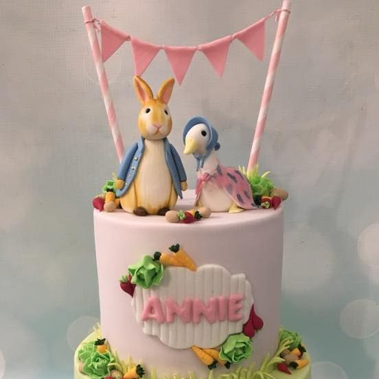 Peter Rabbit Jemima Puddleduck Birthday Celebration Novelty Cake Garden