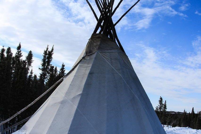 Yellowknife Tours