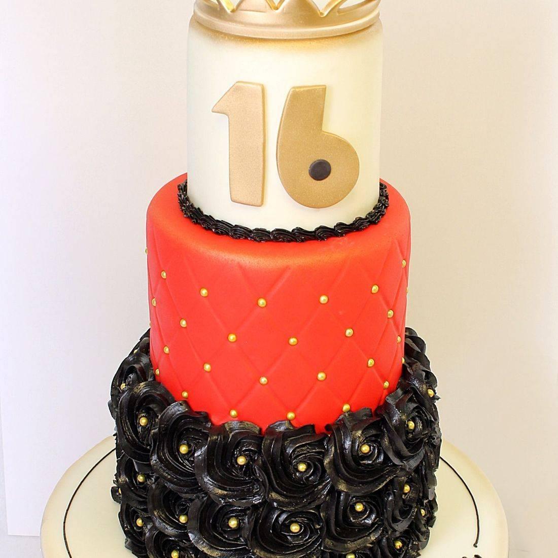 Black Rosettes Sweet 16 Cake Milwaukee