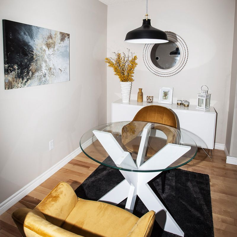 Breakfast nook, interior design, gold chair