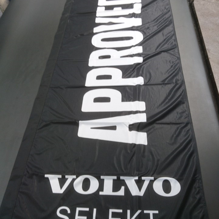 Forecourt flag Volvo