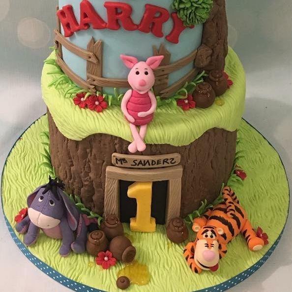 Pooh Bear Honey Birthday Cake Pot Tigger Piglet Eyeore