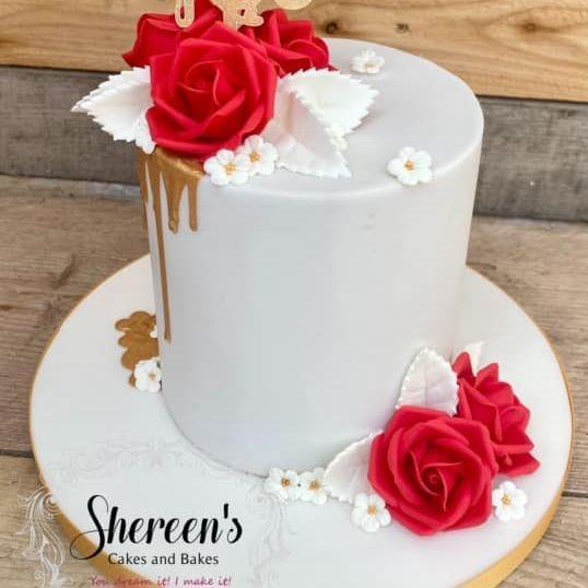 Pretty Lilac Gold Birthday Cake