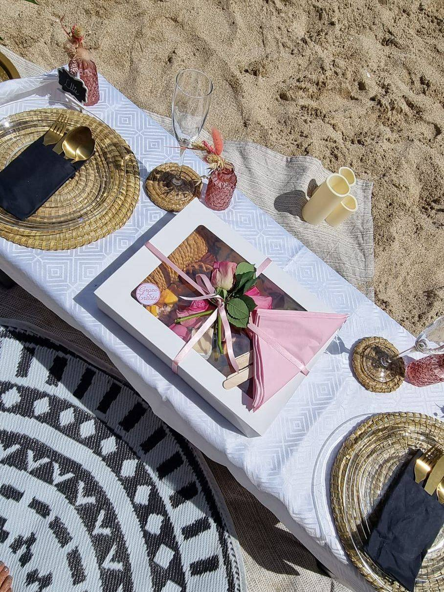Picnic, date night, proposal, hen party, birthday, picnic, Cornwall