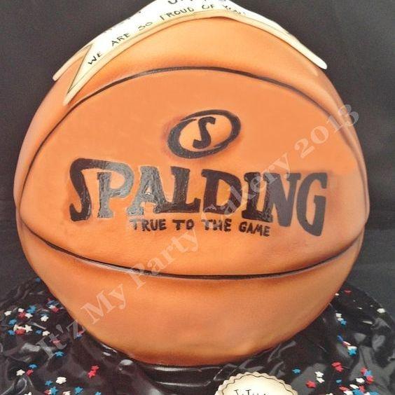 Basketball Full Dimensional Cake Milwaukee