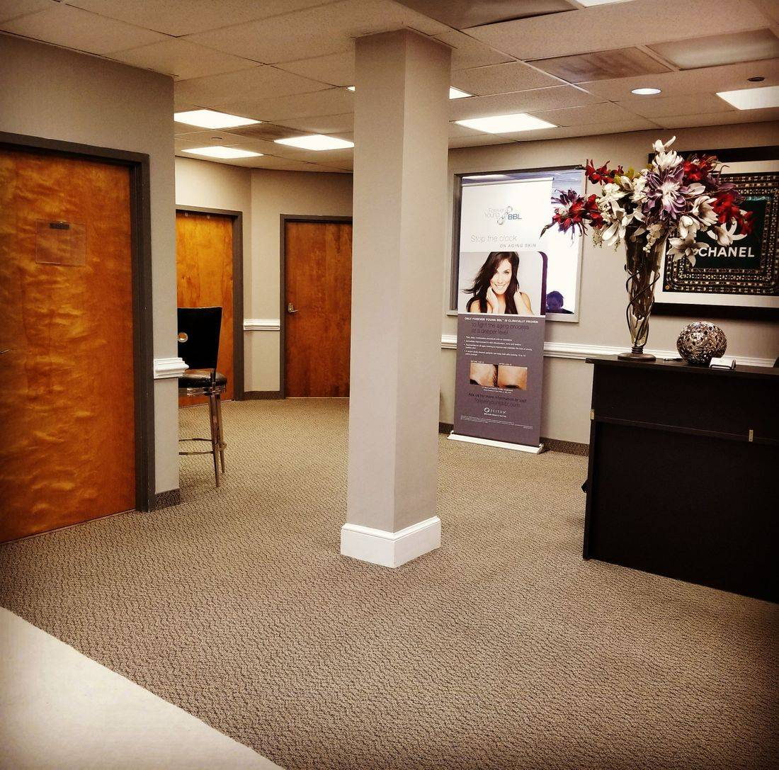 Loudoun Medical Aesthetics, Reception Lounge, Botox, Filler, BBL, Vampire Faelift