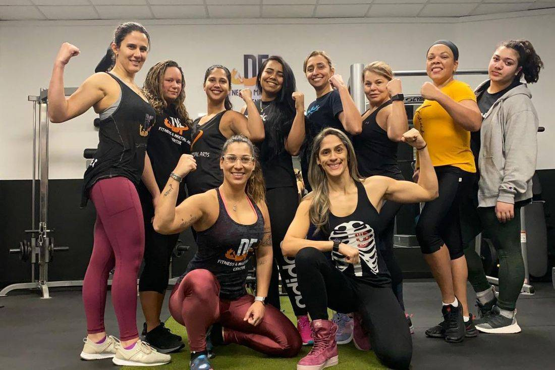 Ready for a full-body challenge surrounded by other like-minded, motivated people in a group setting? DF Fitness offers group classes in Gloucester that give you a total-body workout with drills that are designed to make you faster, stronger, and more agile. Plus, you'll get results…fast!