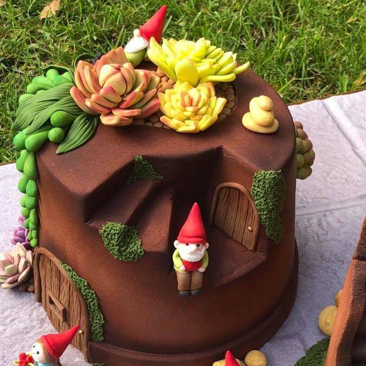 Plant Flower Pot Cake Gnomes Toadstool Stones Succulents Broken Garden Pearl Necklace