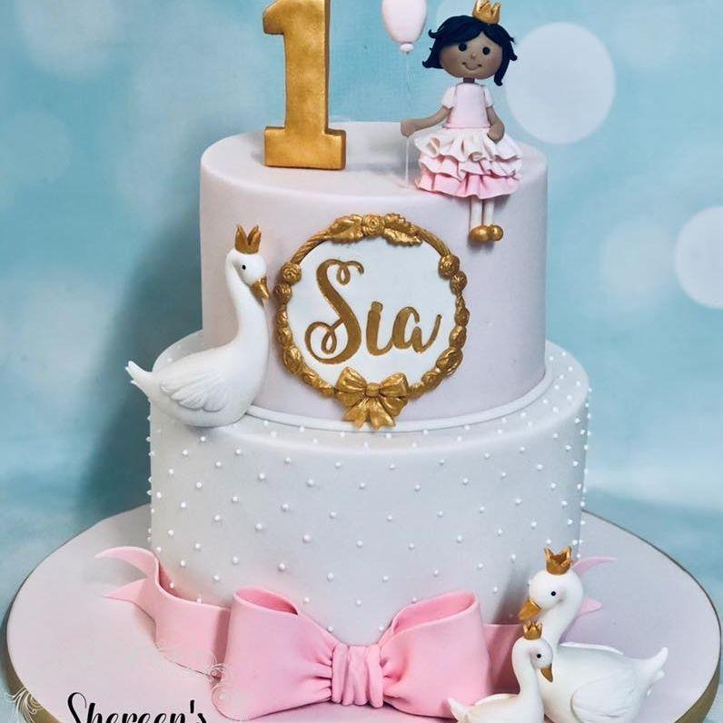 Swan Cake