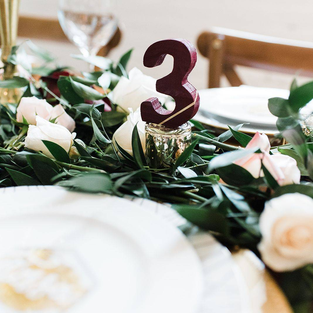 3D Table number, Gold wedding accents, garland centerpiece, Gold table setting, Garland table runner, Organic wedding table