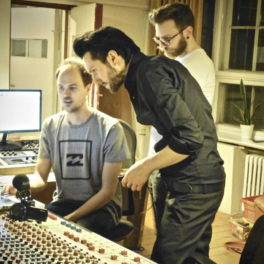 Bakermoon studio Berlin, recording, artist, musician,  poetry, Blake Day