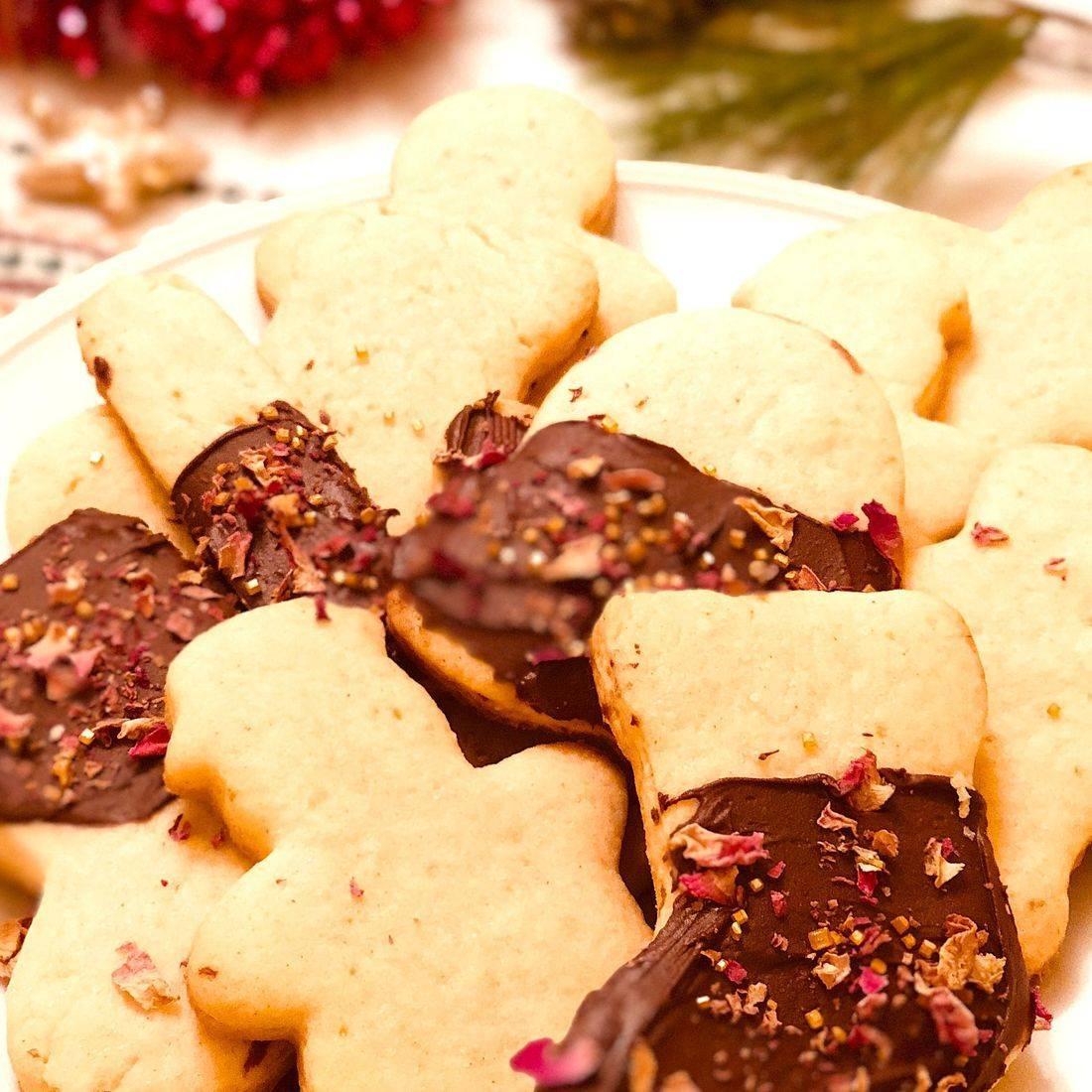 RosePost Blog, Rose Skincare, Rose Sugar Cookies, Rose Chocolate Sugar Cookies, Rose Food
