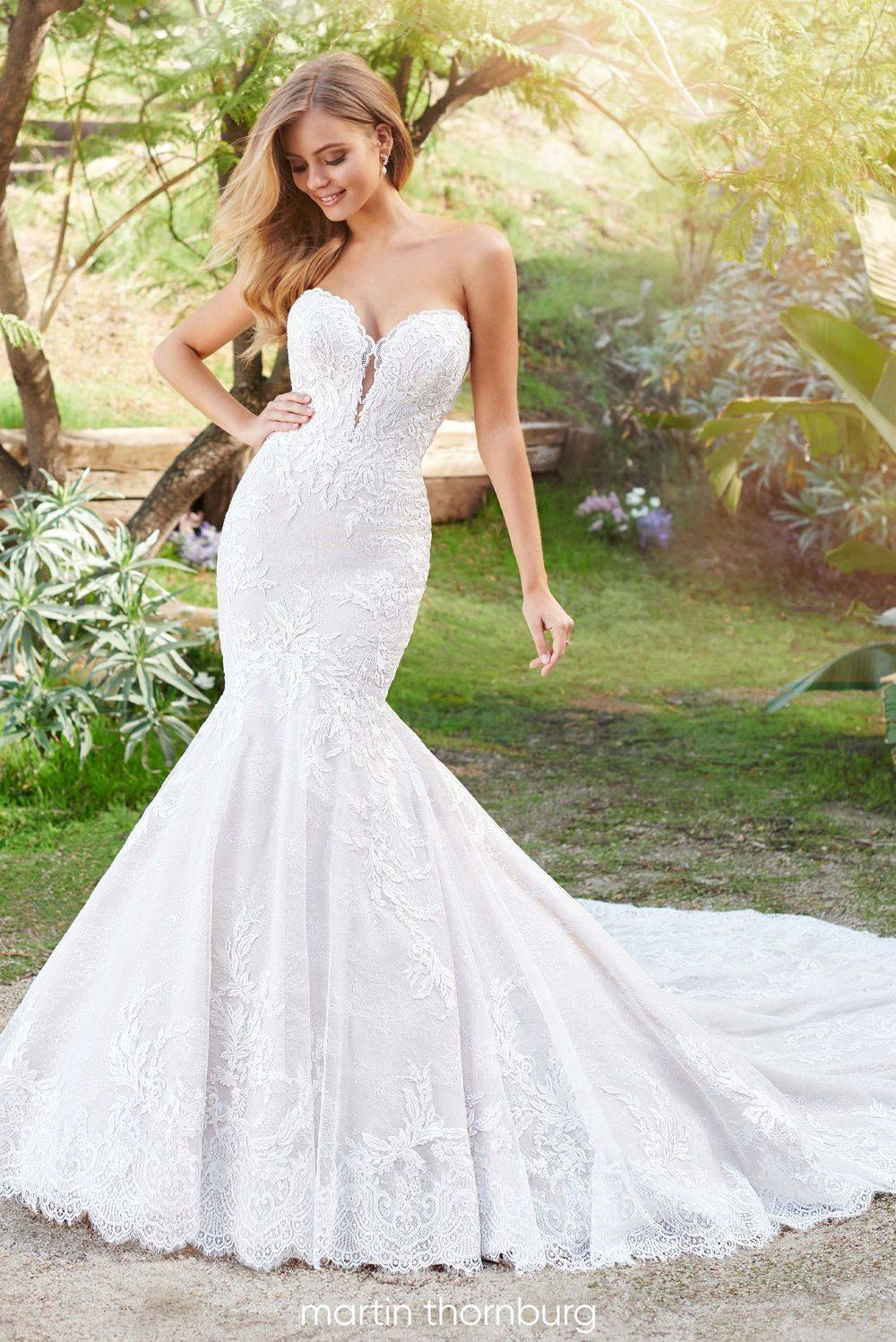 220261 martin thornburg, fit and flare, wedding dress, sweetheart neckline, lace, long train