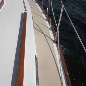 Sailboat on Lake Geneva for sale by Bergersen Boat
